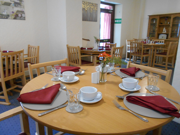 Wentworth care home dinning room